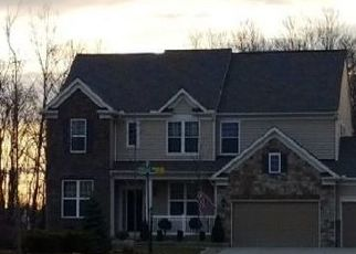 Pre Foreclosure in Strongsville 44149 ENNIS DR - Property ID: 1484914199