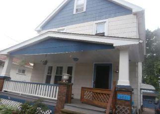 Pre Foreclosure in Cleveland 44109 SARATOGA AVE - Property ID: 1484966772