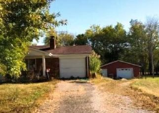 Pre Foreclosure in Morning View 41063 FONTANA RD - Property ID: 1484993927