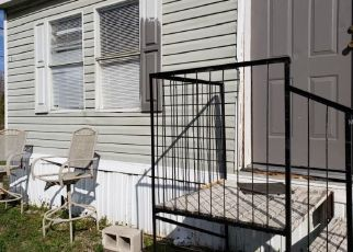 Pre Foreclosure in Polk City 33868 CYPRESS TRAILS DR - Property ID: 1485010567
