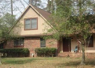 Pre Foreclosure in Issue 20645 BALSAM CT - Property ID: 1485350427