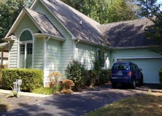 Pre Foreclosure in Issue 20645 KING CHARLES DR - Property ID: 1485351747
