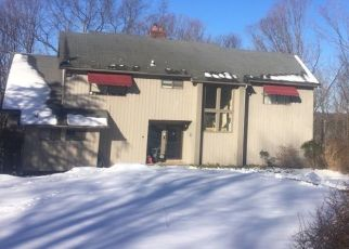 Pre Foreclosure in New Fairfield 06812 SLEEPY HOLLOW RD - Property ID: 1485599192