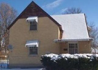 Pre Foreclosure in Cincinnati 45237 MAYFLOWER AVE - Property ID: 1485785331
