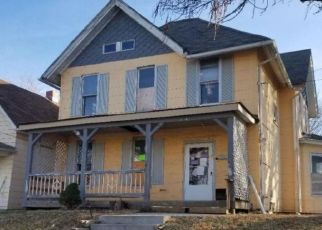 Pre Foreclosure in Kansas City 66101 LOWELL AVE - Property ID: 1485880376