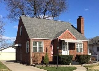 Pre Foreclosure in Toledo 43614 CHIPPLEGATE RD - Property ID: 1486473840
