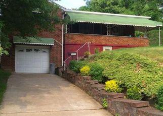 Pre Foreclosure in West Mifflin 15122 ELIZABETH ST - Property ID: 1486693251