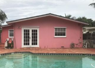 Pre Foreclosure in Lake Worth 33461 GRISWOLD DR - Property ID: 1487440887