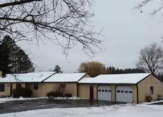 Pre Foreclosure in Cazenovia 13035 RIDGE RD - Property ID: 1487726438