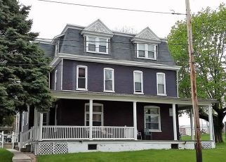 Pre Foreclosure in Kutztown 19530 NORMAL AVE - Property ID: 1487913899