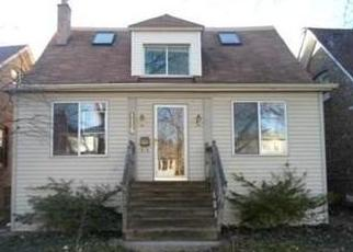 Pre Foreclosure in Oak Park 60304 S LOMBARD AVE - Property ID: 1488019443
