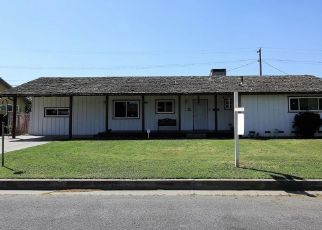 Pre Foreclosure in Madera 93637 ROBERTS AVE - Property ID: 1488080314