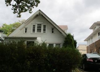 Pre Foreclosure in Milwaukee 53208 N 58TH ST - Property ID: 1488403998