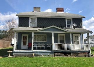 Pre Foreclosure in Grindstone 15442 W 1ST ST - Property ID: 1488754809