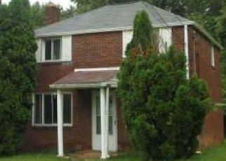 Pre Foreclosure in Pittsburgh 15235 VERONICA DR - Property ID: 1489237449