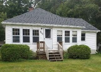 Pre Foreclosure in Bradley 04411 MAIN ST - Property ID: 1489863759