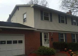 Pre Foreclosure in Syracuse 13212 RUTH RD - Property ID: 1489873382