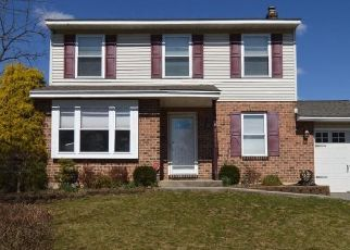 Pre Foreclosure in Reading 19605 DANOR DR - Property ID: 1489973238