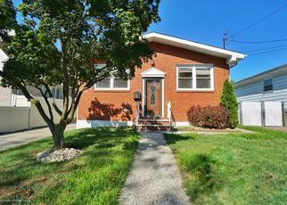Pre Foreclosure in Staten Island 10306 PENN AVE - Property ID: 1490085811