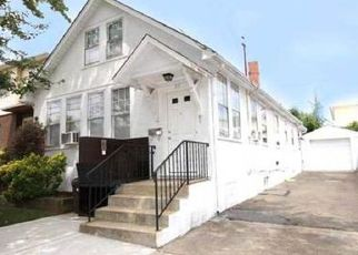 Pre Foreclosure in Staten Island 10312 SEACREST AVE - Property ID: 1490093242
