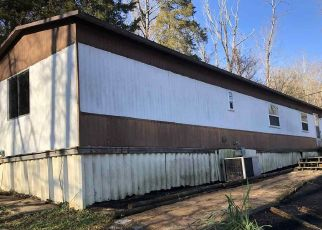 Pre Foreclosure in Morning View 41063 HEMPFLING RD - Property ID: 1490599101