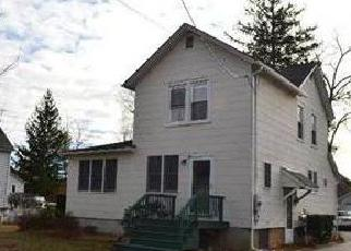 Pre Foreclosure in Babylon 11702 ROOSEVELT ST - Property ID: 1490748459