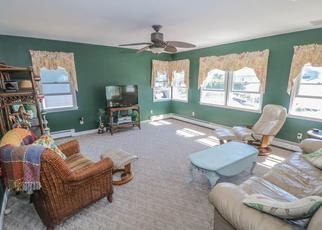 Pre Foreclosure in Lindenhurst 11757 S 7TH ST - Property ID: 1490758983