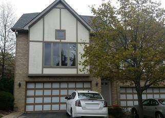 Pre Foreclosure in Willow Springs 60480 CLIFFSIDE CIRCLE DR - Property ID: 1491035323