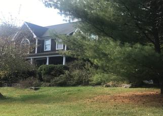 Pre Foreclosure in Hopewell 08525 W SPRING HOLLOW DR - Property ID: 1492009380