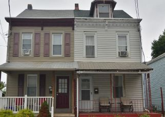 Pre Foreclosure in Reading 19605 FRUSH VALLEY RD - Property ID: 1492057569