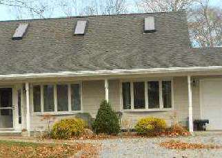 Pre Foreclosure in Center Moriches 11934 GRACE CT - Property ID: 1492839342