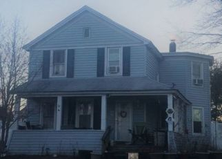 Pre Foreclosure in Patchogue 11772 UNION AVE - Property ID: 1492907677