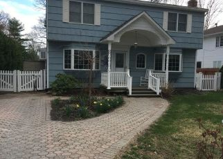 Pre Foreclosure in Nesconset 11767 SUMMIT DR - Property ID: 1492913810