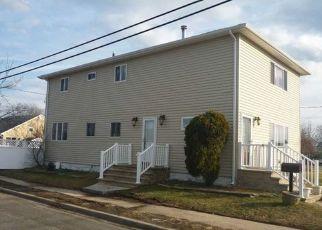 Pre Foreclosure in Lindenhurst 11757 W LIDO PROMENADE - Property ID: 1492916430