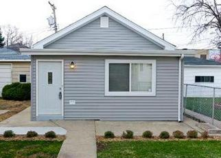 Pre Foreclosure in Berwyn 60402 RIDGELAND AVE - Property ID: 1493033814