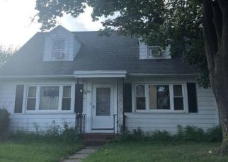 Pre Foreclosure in Trenton 08629 TUTTLE AVE - Property ID: 1493297919