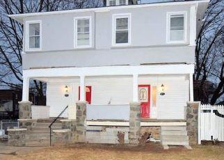 Pre Foreclosure in Gwynn Oak 21207 MOHAWK AVE - Property ID: 1493526983