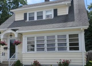 Pre Foreclosure in Leominster 01453 N MAIN ST - Property ID: 1493985522