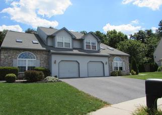 Pre Foreclosure in Reading 19608 HILLPOINT CIR - Property ID: 1494296934