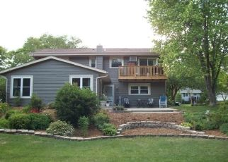 Pre Foreclosure in West Bend 53090 VILLA PARK DR - Property ID: 1494466864