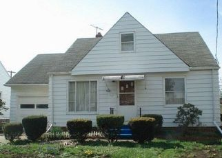 Pre Foreclosure in Euclid 44123 WESTPORT AVE - Property ID: 1494479555