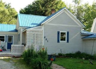 Pre Foreclosure in Bluffton 46714 E TOWNLEY ST - Property ID: 1494625399