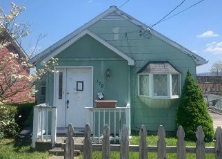 Pre Foreclosure in Uniontown 15401 EASY ST - Property ID: 1494648164