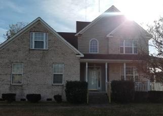 Pre Foreclosure in Hampton 23664 ASHE MEADOWS DR - Property ID: 1494985414