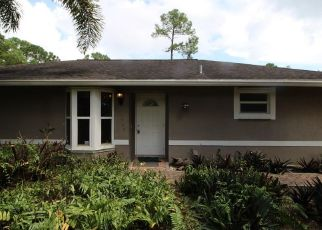 Pre Foreclosure in West Palm Beach 33411 53RD RD N - Property ID: 1495103677