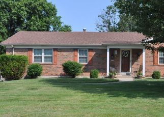 Pre Foreclosure in Ft Mitchell 41017 UNIVERSITY DR - Property ID: 1495376980