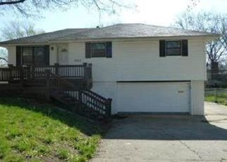 Pre Foreclosure in Kansas City 66106 S 51ST TER - Property ID: 1495426460