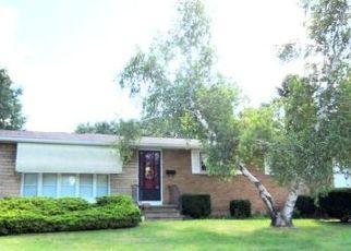Pre Foreclosure in Rochester 14626 GRECIAN PKWY - Property ID: 1495611278