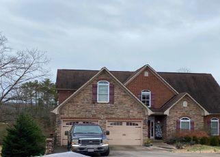 Pre Foreclosure in Lenoir City 37772 HATTERAS CIR - Property ID: 1495902985