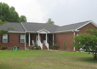Pre Foreclosure in Florence 29506 OLD WALLACE GREGG RD - Property ID: 1496138156